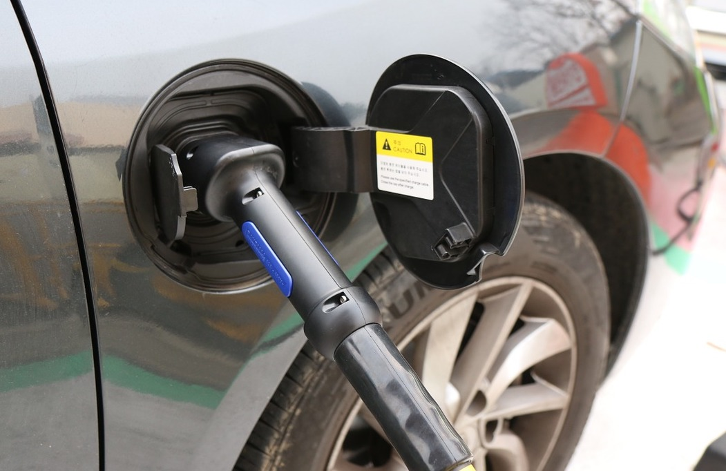 Image of electric vehicle (EV) being charged